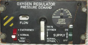 Oxygen system regulator